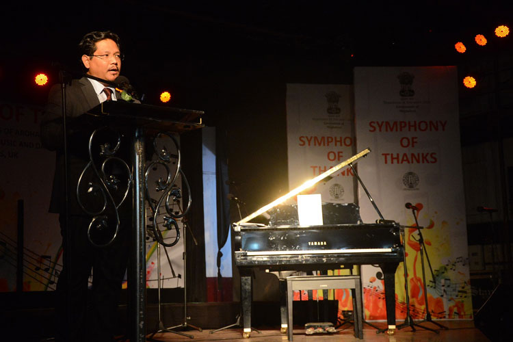 Meghalaya Chief Minister, Shri Conrad K. Sangma speaking at the symphony of thanks concert for the Aroha Junior Choir on 01-08-2018