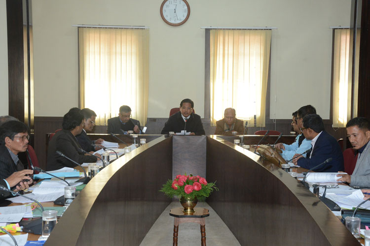 Chief Minister holds Review Meeting of Road Projects 06-02-2020
