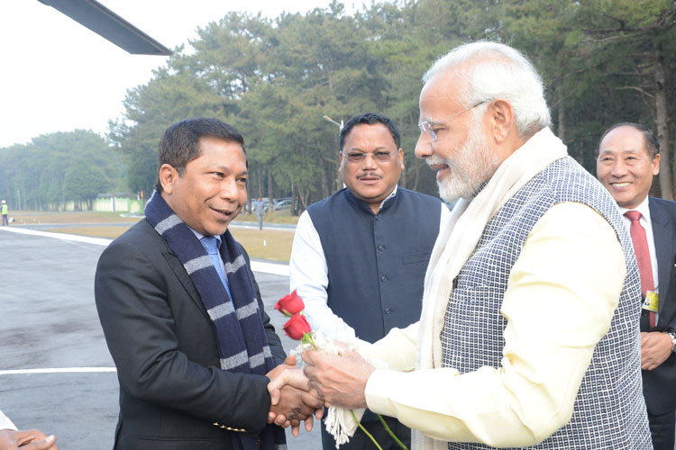 Meghalaya Chief Minister, Dr. Mukul Sangma seeing off Prime Minister of India, Shri Narendra Modi before his departure from ALG, Upper Shillong on 16-12-2017