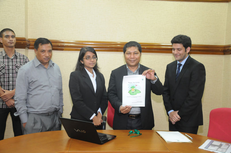 Meghalaya CM, Dr. Mukul Sangma launching the website of the IIM Shillong Golf Cup Season 7