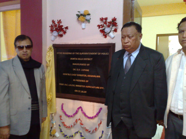 Meghalaya CM, Dr D D Lapang while inaugurating the newly constructed SP office building at Jowai