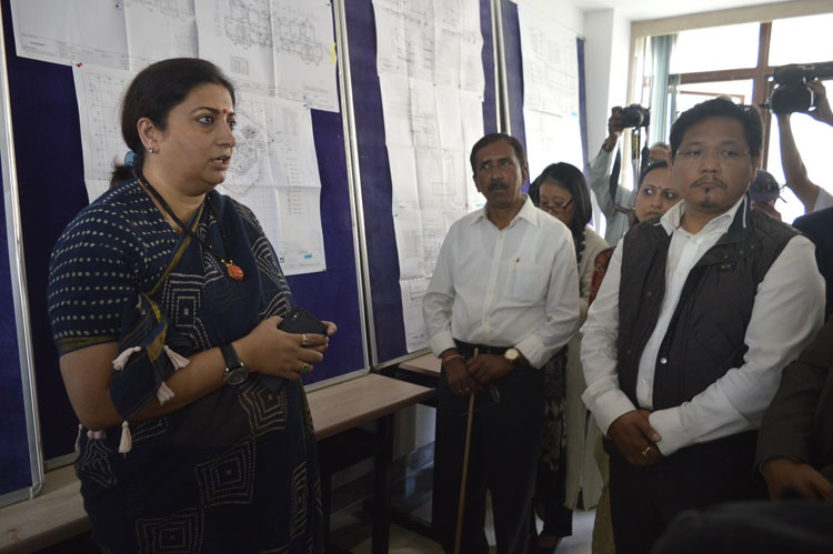 Union Minister of Textiles, Smti. Smriti Zubin Irani inspecting the construction of NIFT at Mawdiangdiang, Umsawli on 26th August, 2019