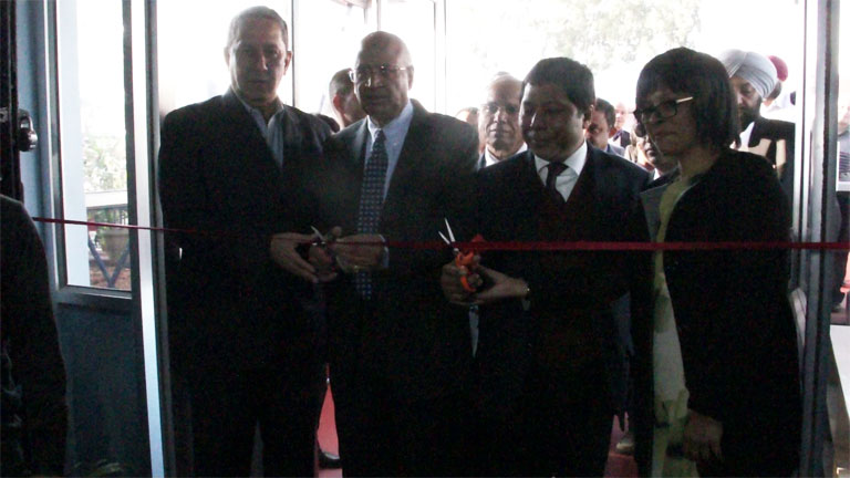 Meghalaya CM Dr. Mukul Sangma along with S Ramadorai, Chairman, NSDA cutting the ribbon to mark the inauguration of the State of the Art Mechanic (Motor Vehicle) Section of ITI