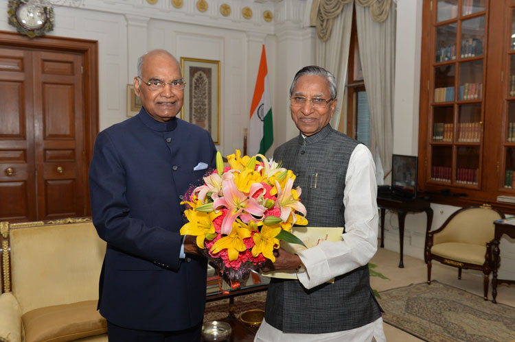 Governor of Meghalaya, Shri Ganga Prasad calls on the President of India, Shri Ramnath Kovind