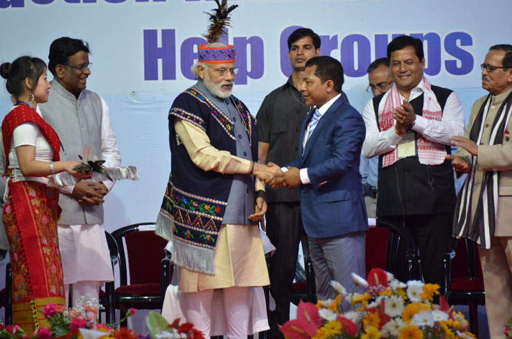 Prime Minster Narendra Modi along with Meghalaya Chief Minister Dr. Mukul Sangma and Chief Ministers and Governors of North Eastern States at Polo Grounds