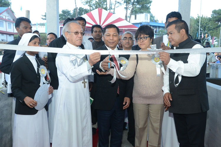 Chief Minister attends Silver Jubilee Celebrations of St Francis Institute at Mawkasiang 27-10-2017